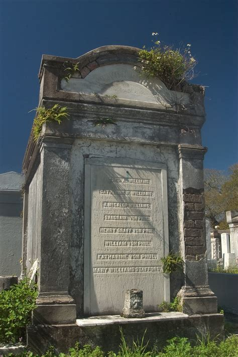 Photo 439-20: A tomb of Lafayette Cemetery