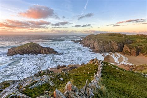 """Boyeeghter Bay or The """"Murder Hole"""" Beach - Donegal - Irel"""