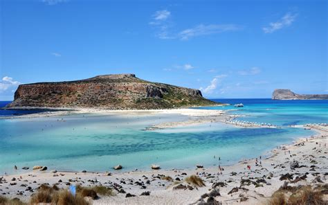 The Most Exotic Beaches to enjoy in Greece - Travelling Moods