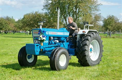 Ford 7000 21
